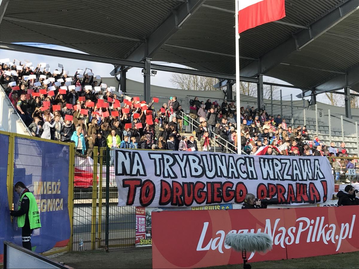 marzec 2018 Kibice II LO na meczu eliminacji Mistrzostw Europy U-17