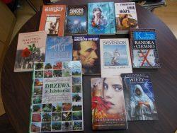 dary w bibliotece
